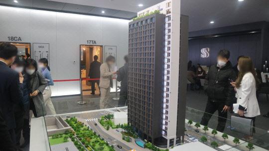 `충정로·서울驛` 도보 이용 가능 … 全세대 복층 576실 대단지